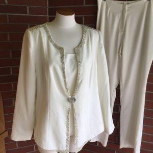 Beautiful White Slacks Suit by Midnight Velvet  16
